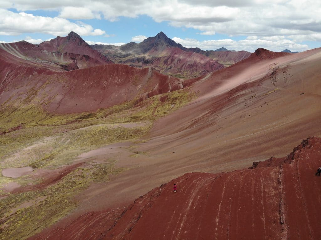 Red Valley & Rainbow Mountain Day Trip